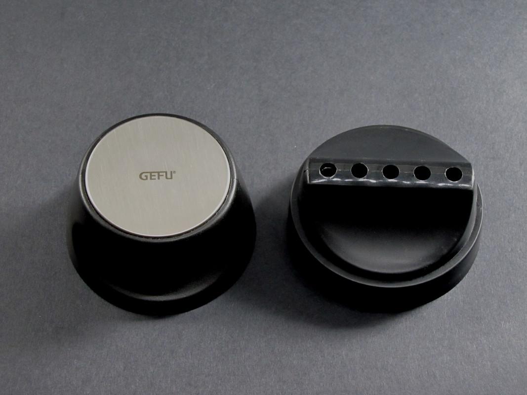 gefu sp tzle mix f r sp tzle pfannkuchen crepes 3in1 shaker k chenhelfer 10800 4006664108003. Black Bedroom Furniture Sets. Home Design Ideas