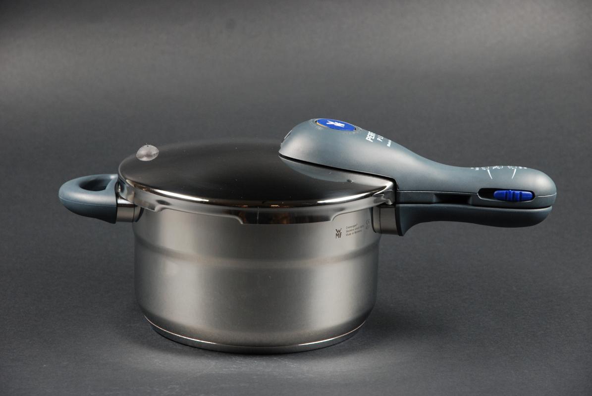 WMF Schnellkochtopf-Set Perfect Plus 4,5 + 3,0 Liter stapelbar