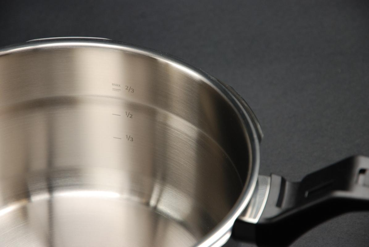 WMF Schnellkochtopf-Set Perfect Pro 4,5 + 3,0 Liter stapelbar